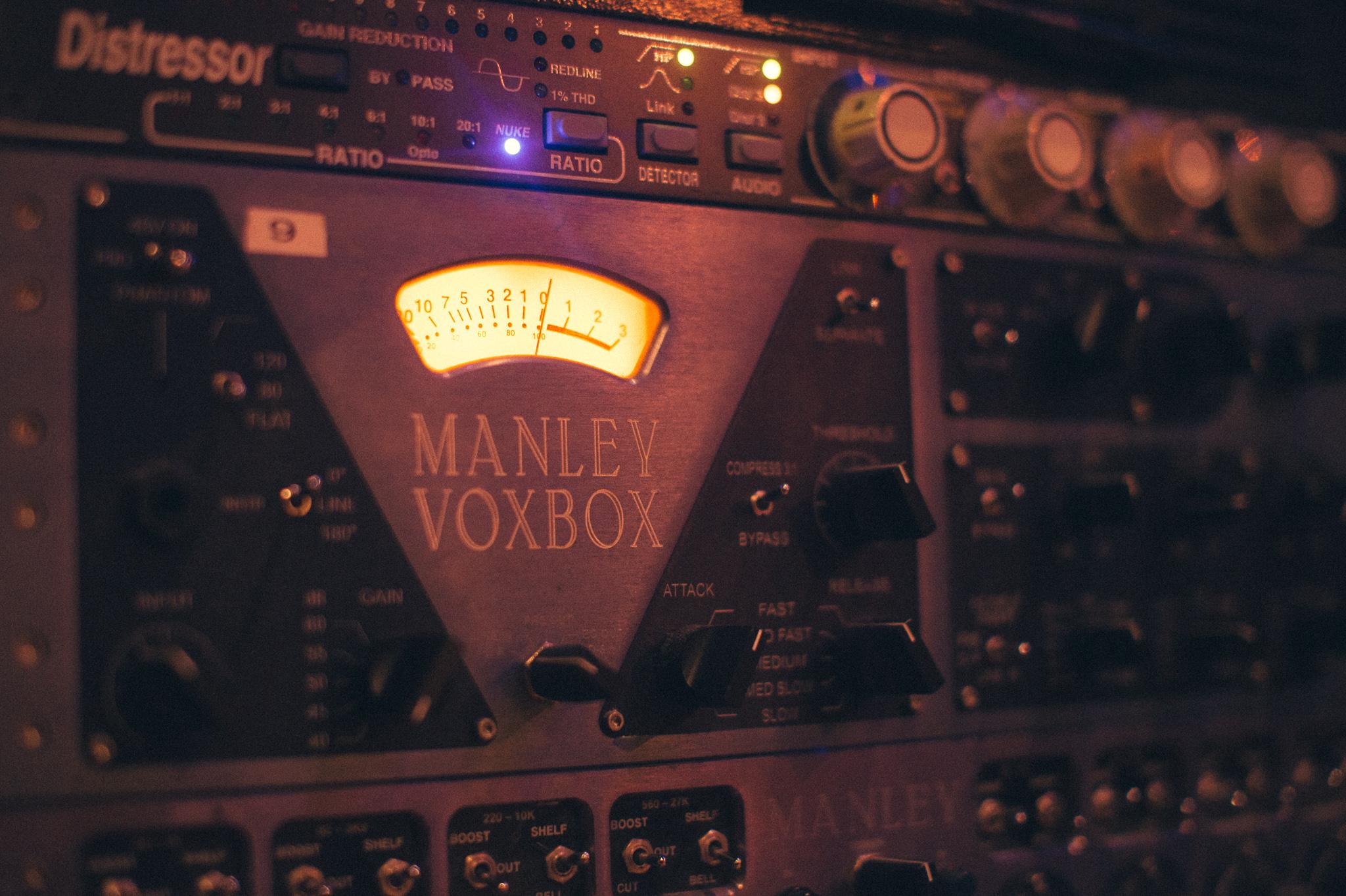 0054 WEBRES - Camden Studios.jpg