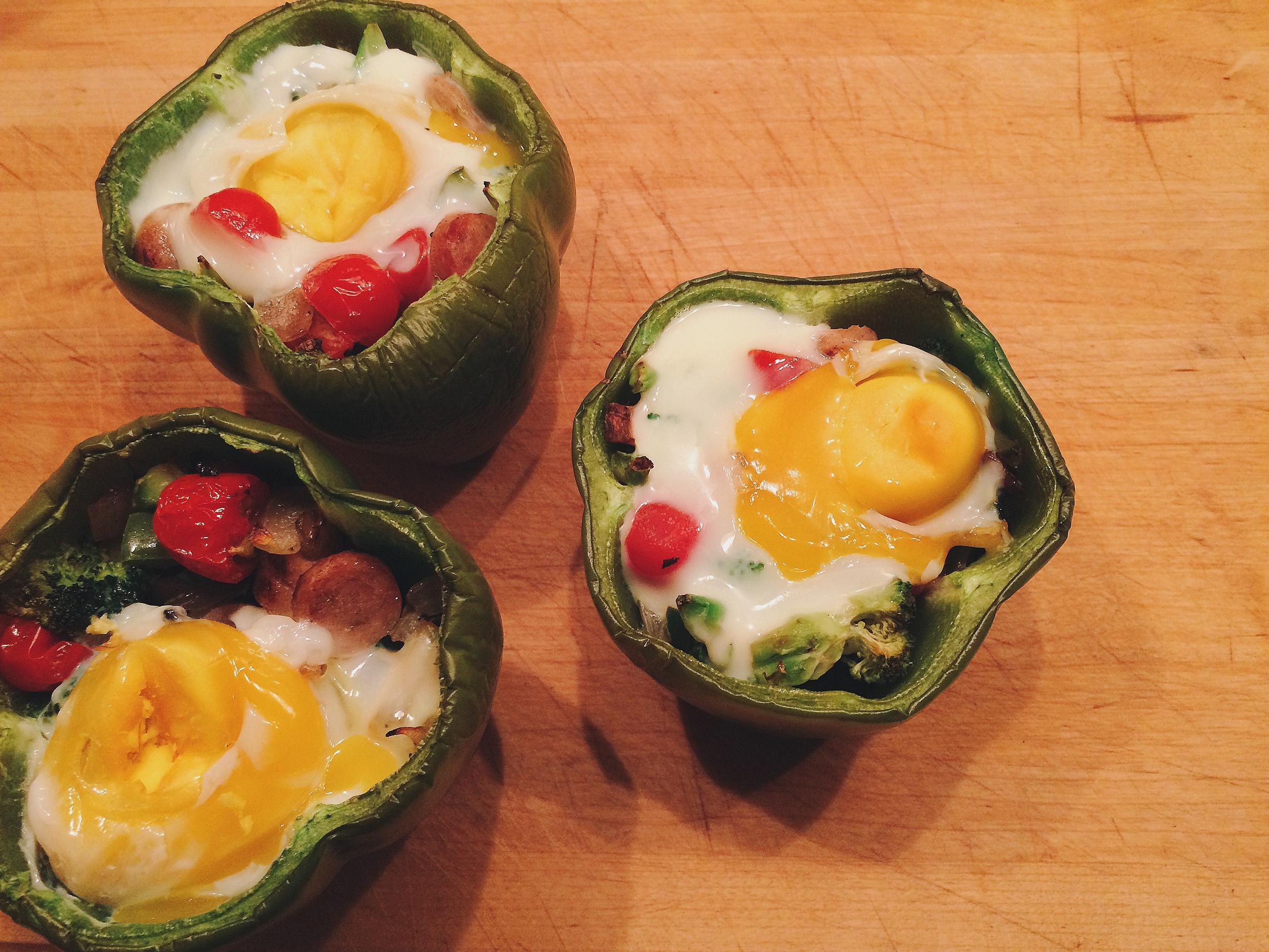 Paleo Breakfast Stuffed Peppers