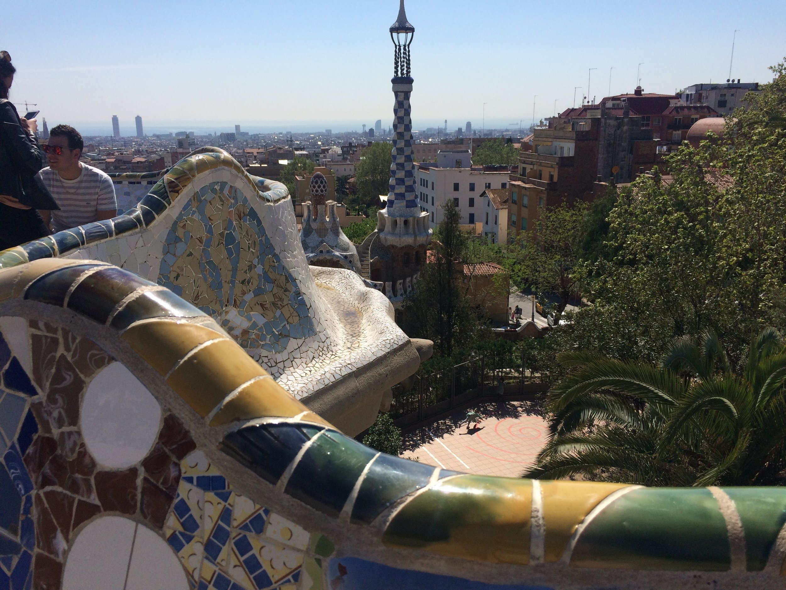 Barcelona travel guide parc guell