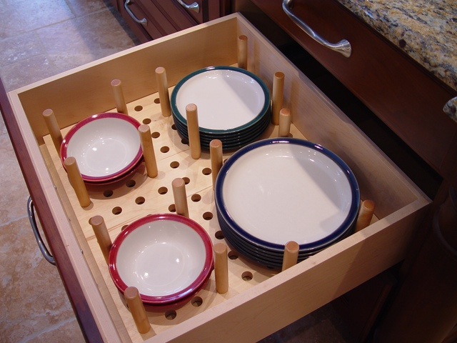 PLATE DIVIDERS