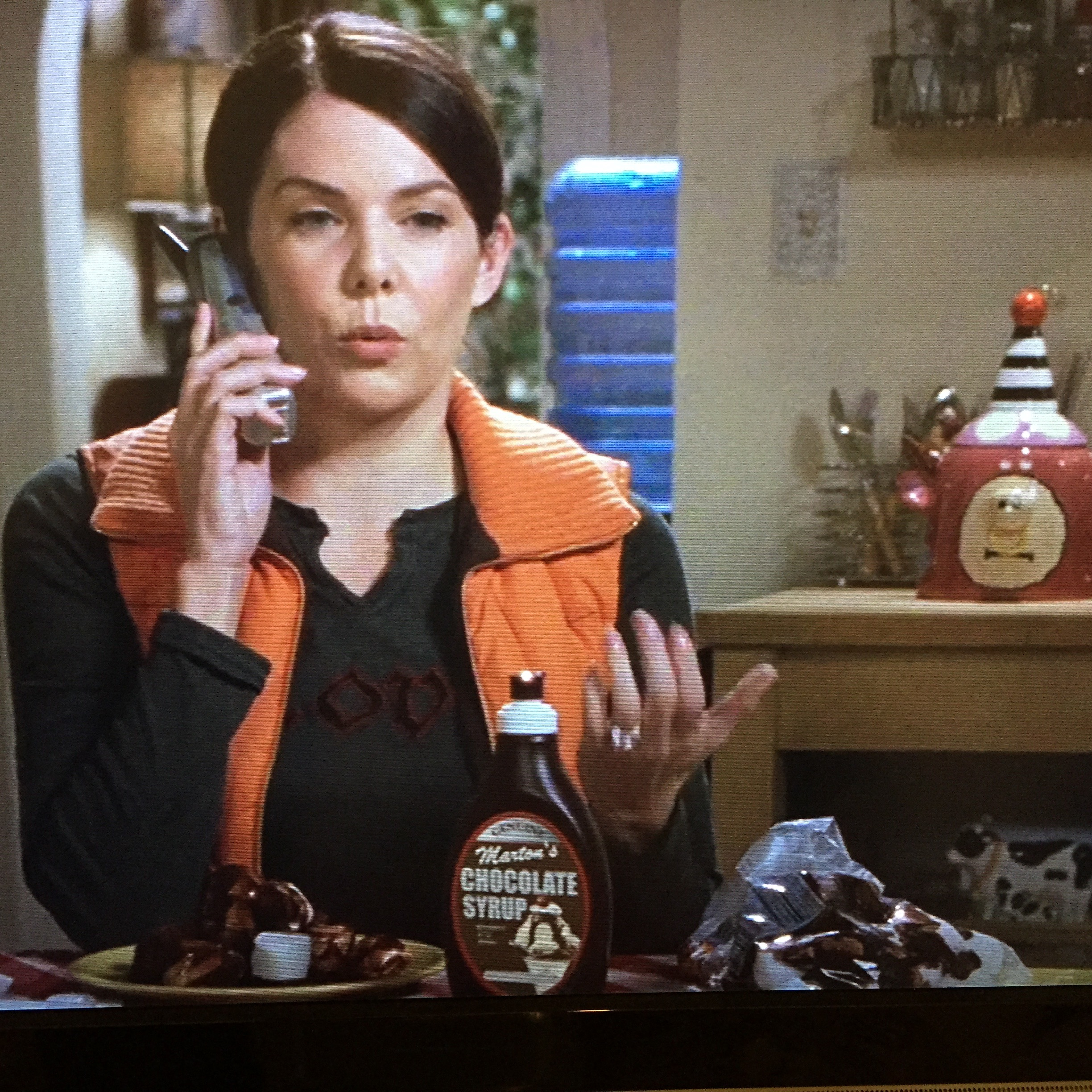August 9, 2015- I just HAD to include this. One of my favorite scenes in the whole series- Lorelai eating chocolate syrup-covered marshmallows!!