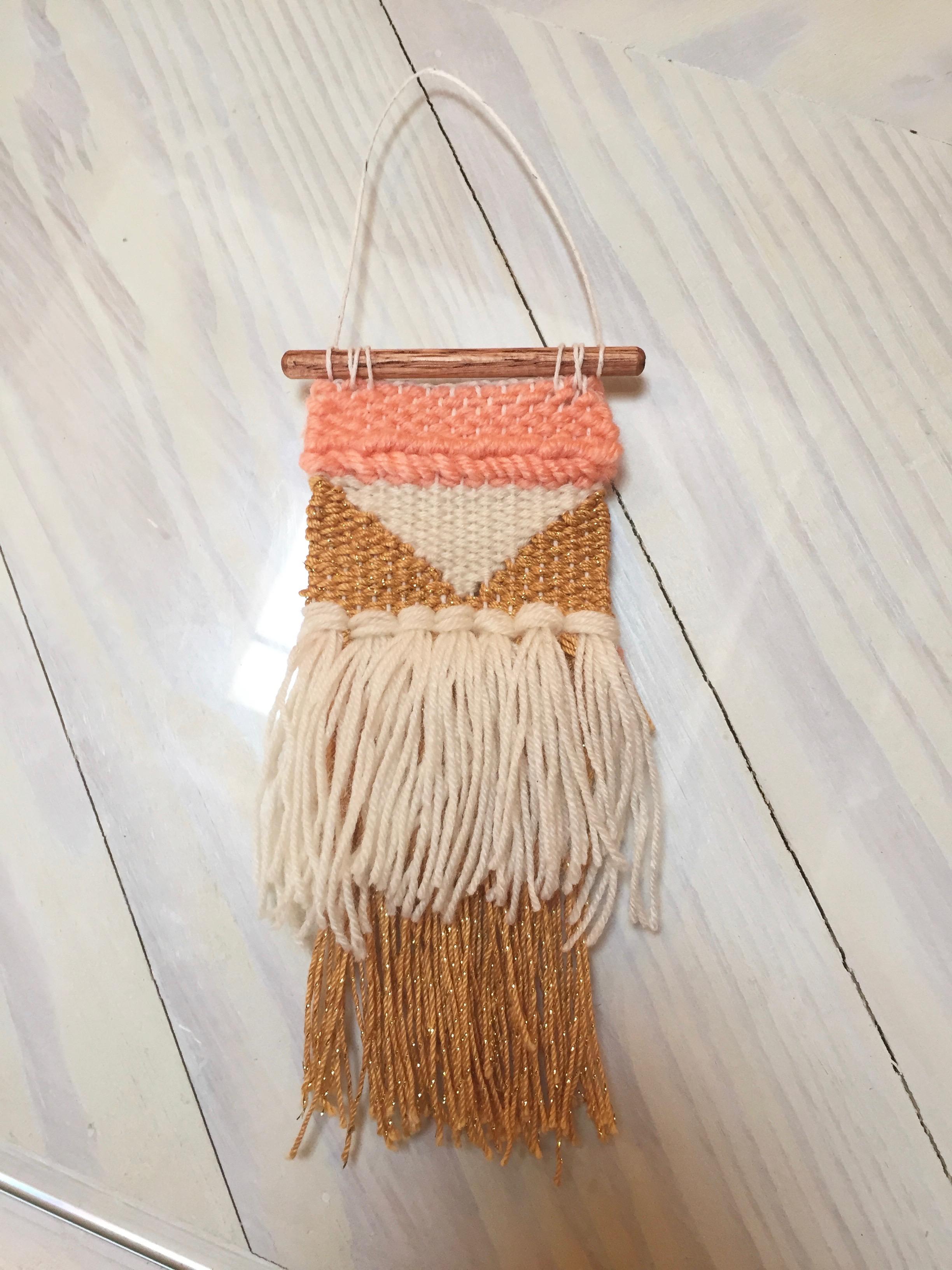 Ta da! My finished mini weaving!