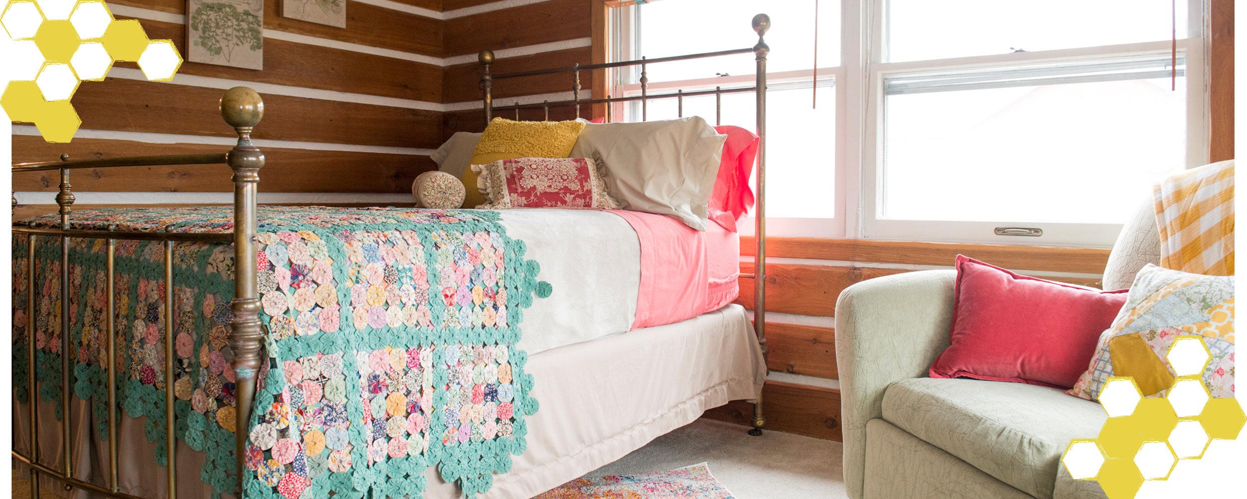 Sliders-BeesKnees-Bedroom1.jpg