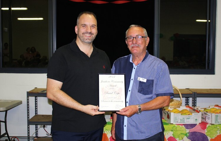 THE 2017 JAMBOREE COMMUNITY AWARD PRESENTATION FROM CR MATTHEW BOURKE TO DAVID COPE (PRESIDENT). THIS SERVICE TO THE COMMUNITY AWARD IS IN RECOGNITION OF AN EXCEPTIONAL EFFORT TO LOCATE LAND AND CONSTRUCT BUILDINGS ON MONIER ROAD, SEVENTEEN MILE ROCKS FOR THE CENTENARY SUBURBS MEN'S SHED. CONGRATULATIONS TO DAVID!