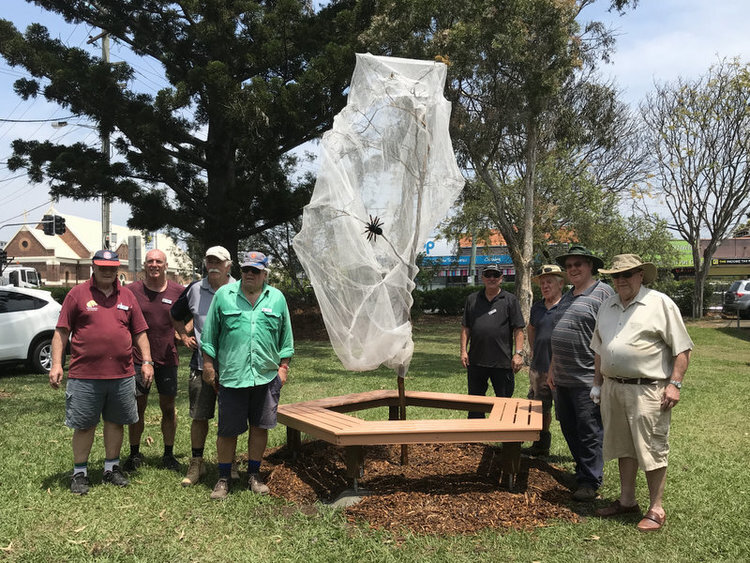 SHERWOOD STATE SCHOOL BENCH SEAT - NOVEMBER 2018