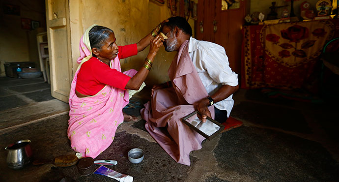 India's first ever female barber.