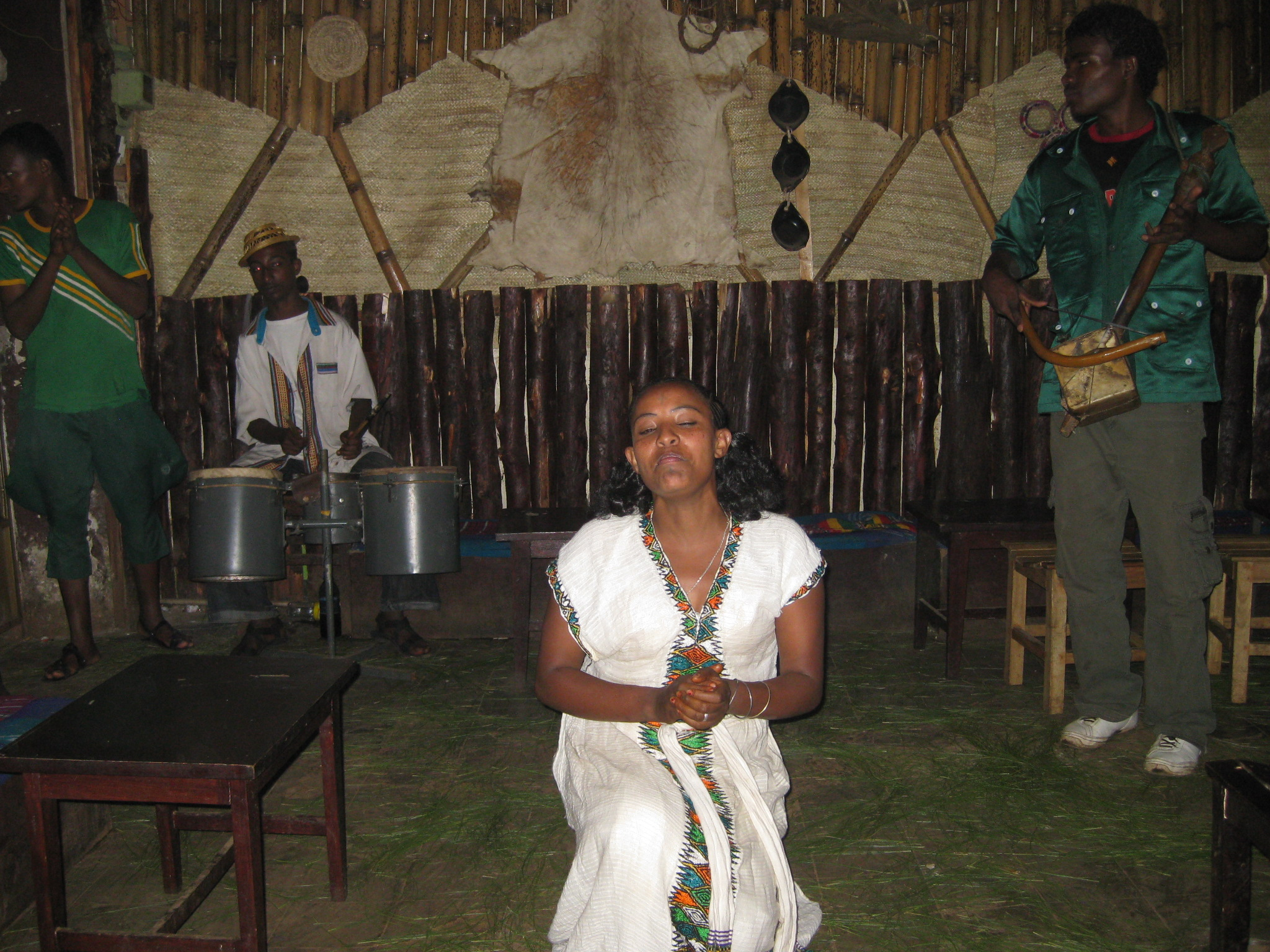 Ethiopian traditional 'nightclub'