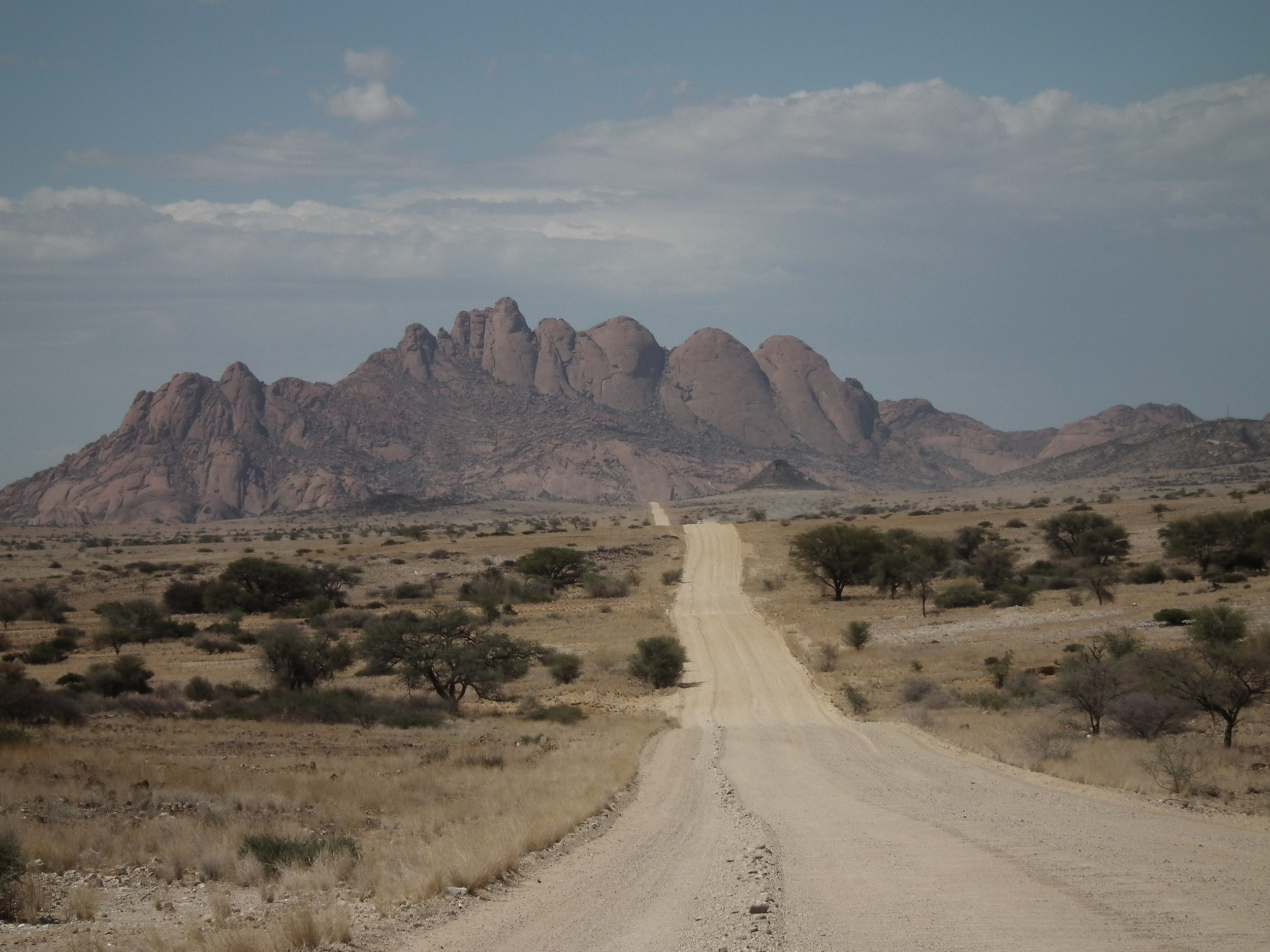 Spitzkoppe,  on the road to brandburg