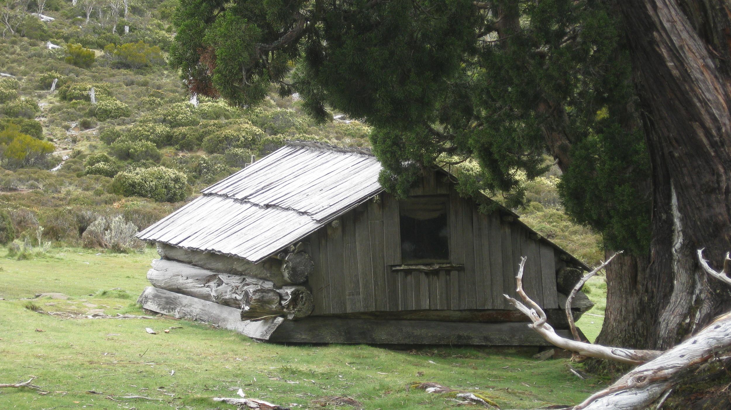 dixons kingdom hut