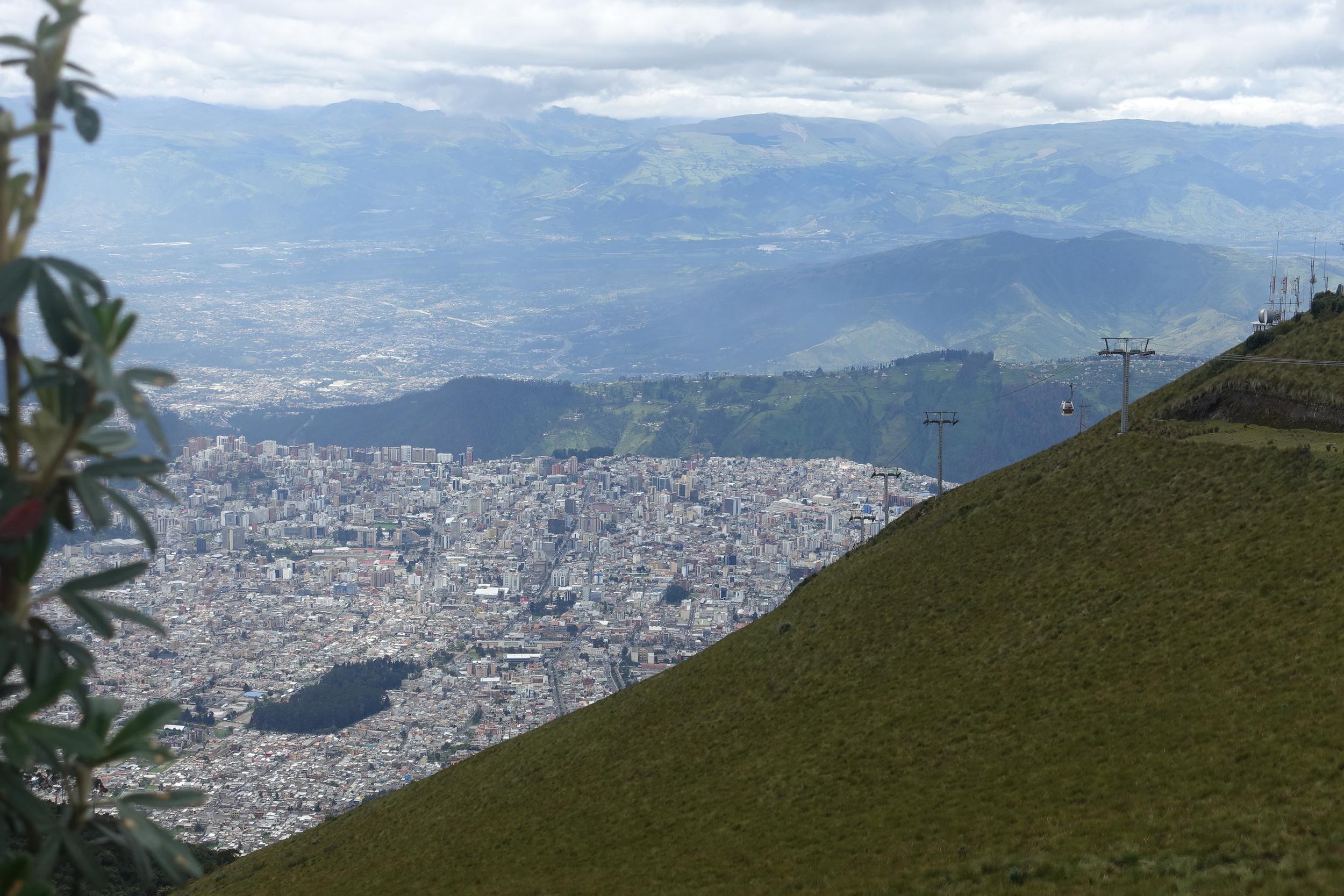 Teleferiqo and view from volcan pinchincha