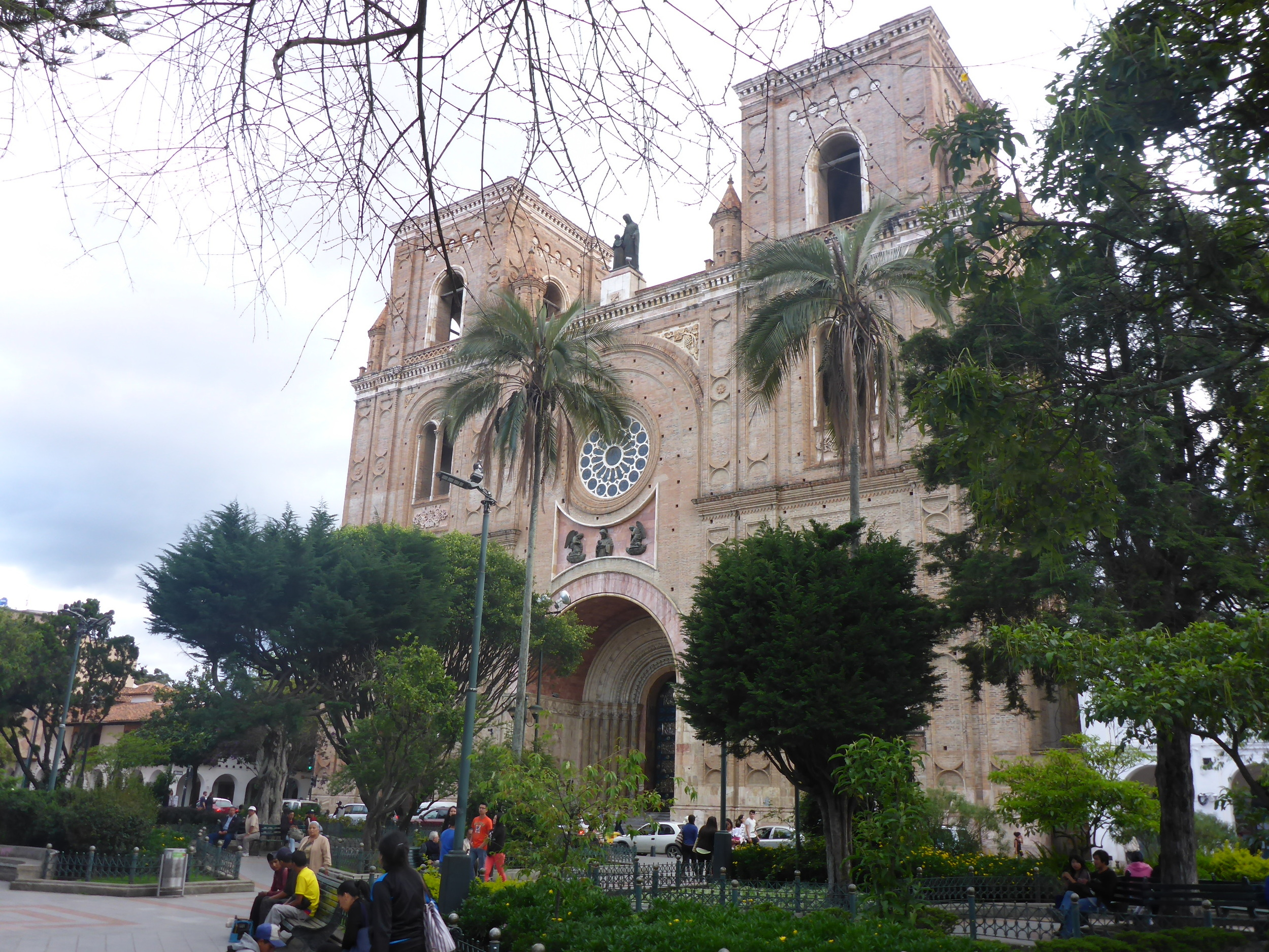 cuenca - new cathedral