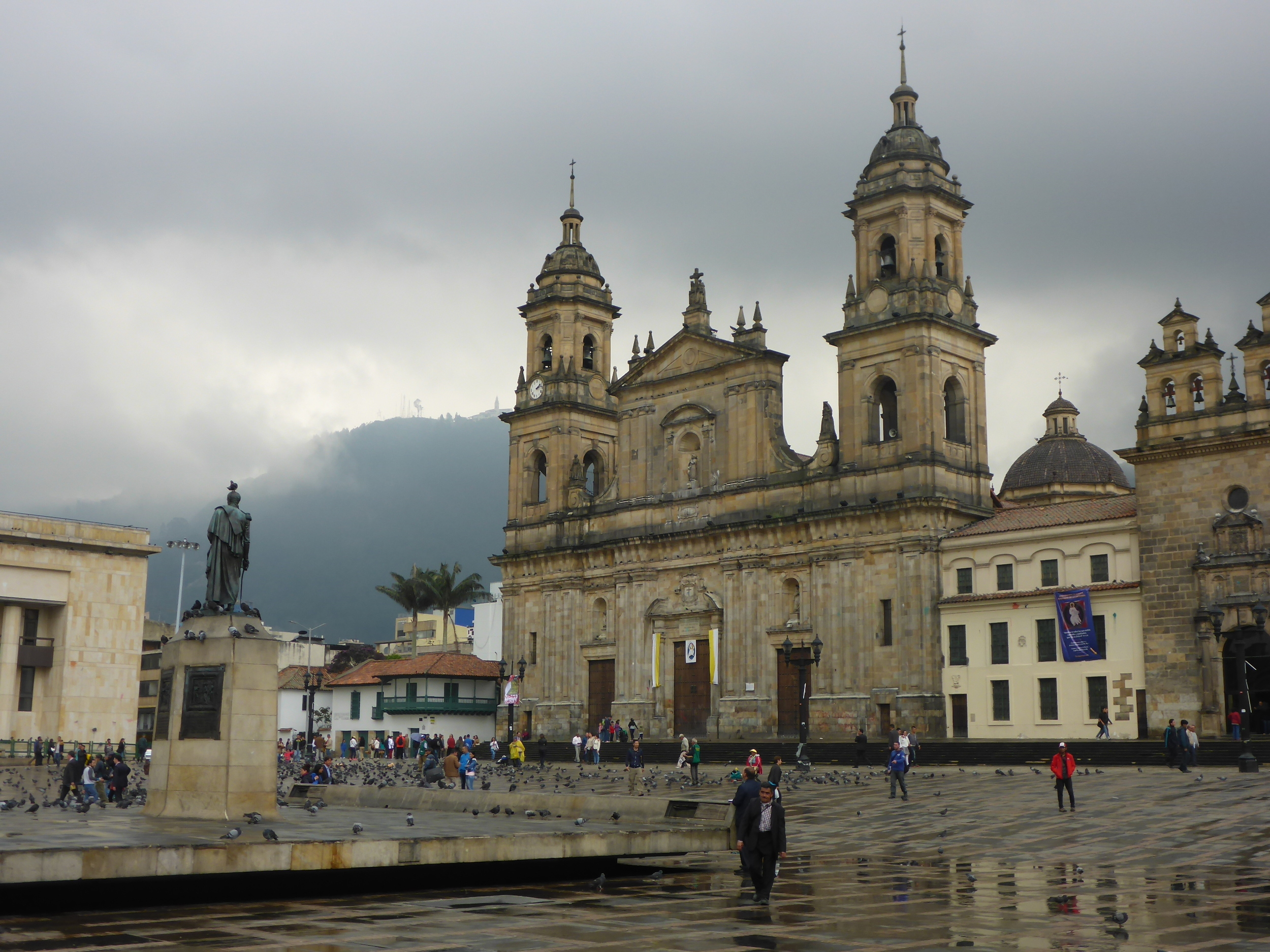 the cathedral, plaza bolivar