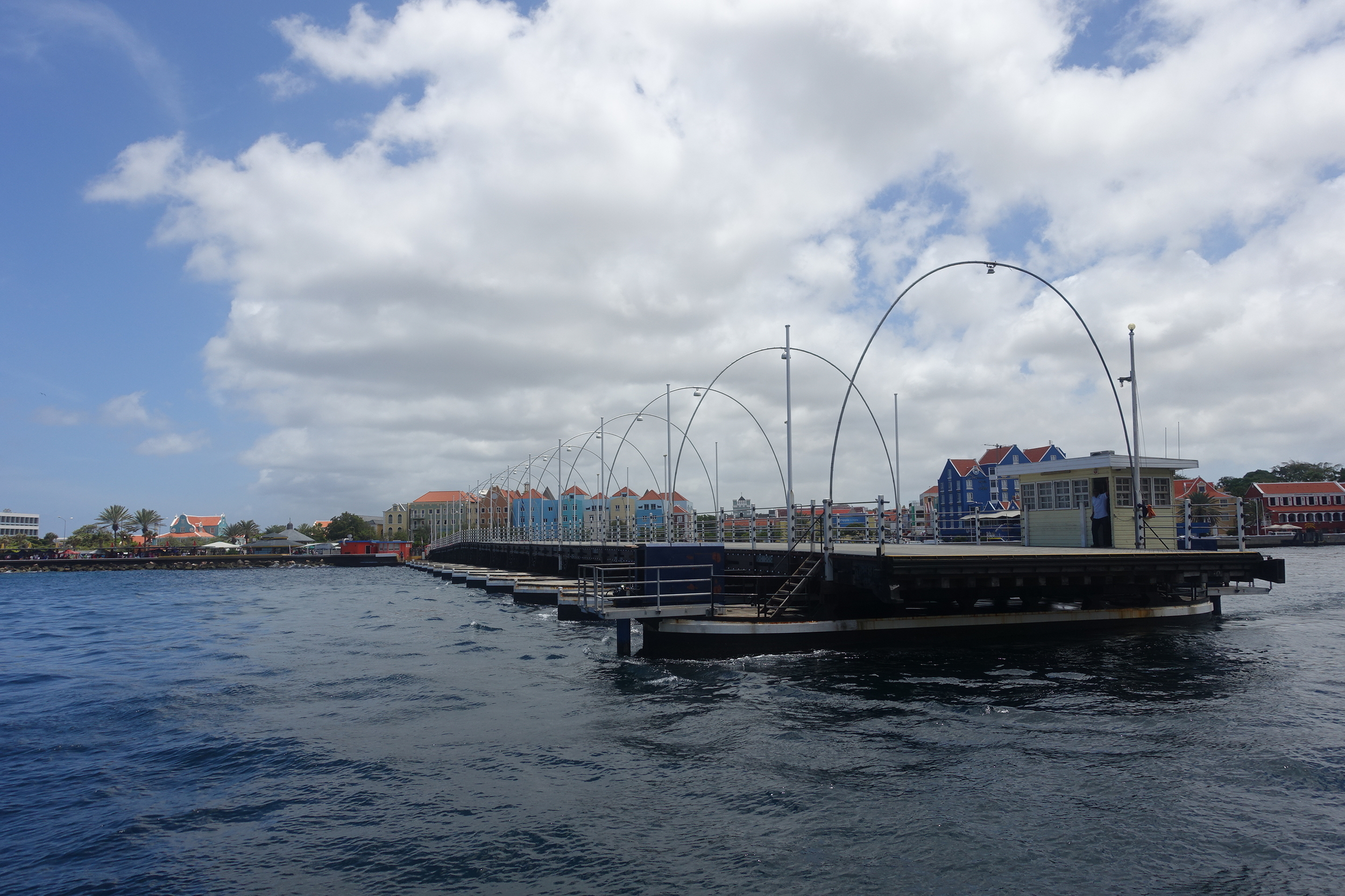 the queen emma bridge moving into place