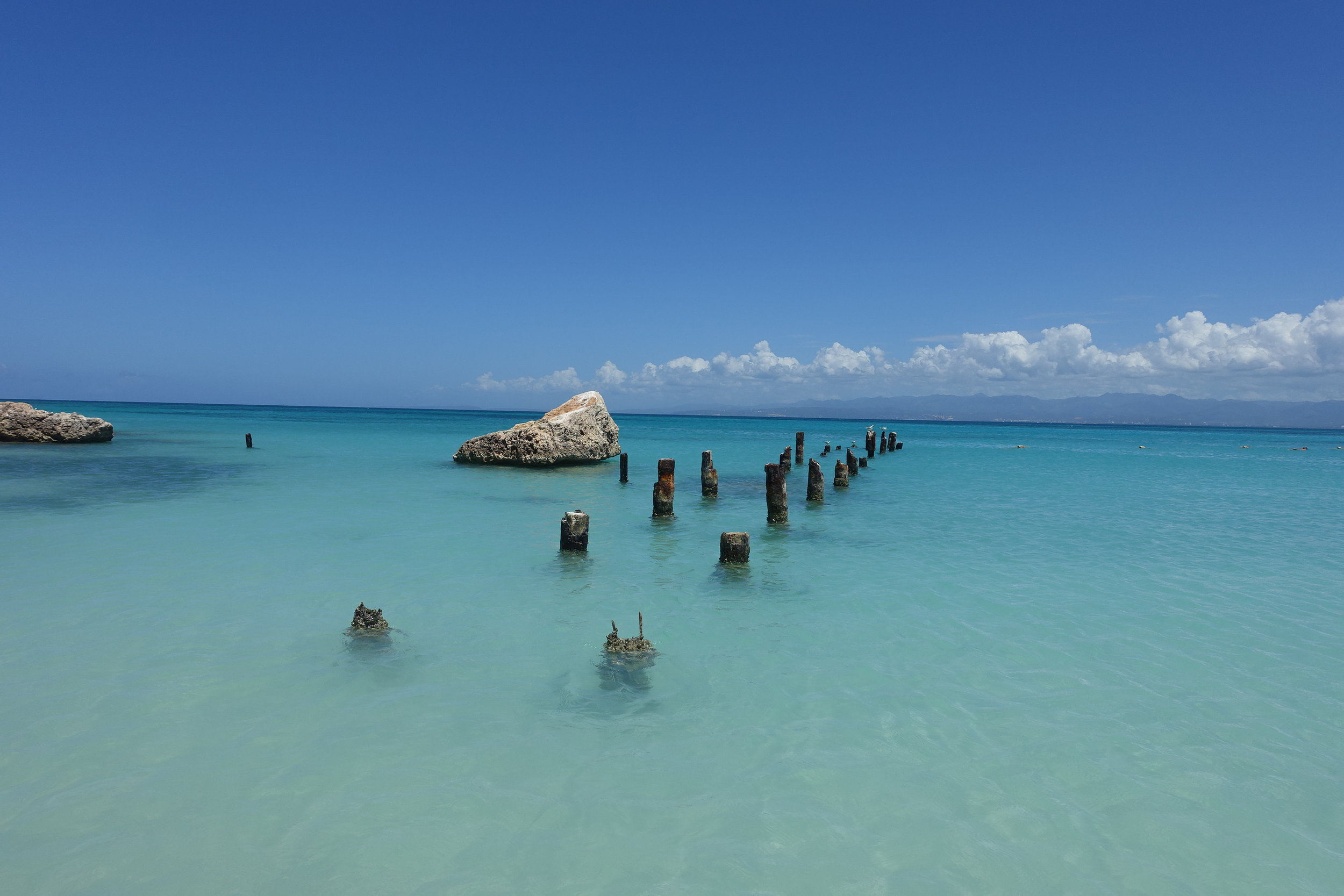 old pier footings, isla caja de muerto