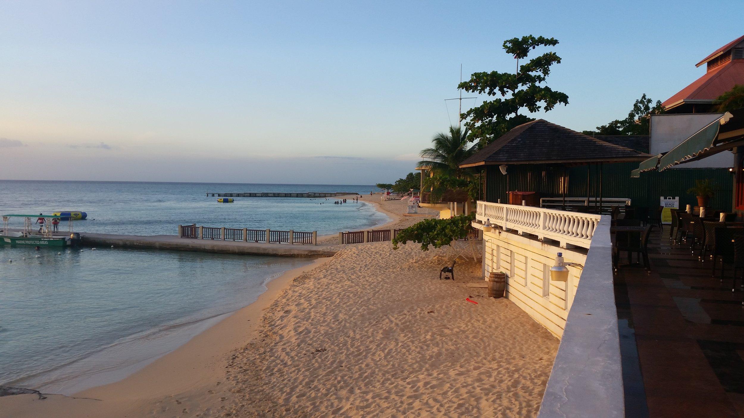 doctors cave beach, montego bay