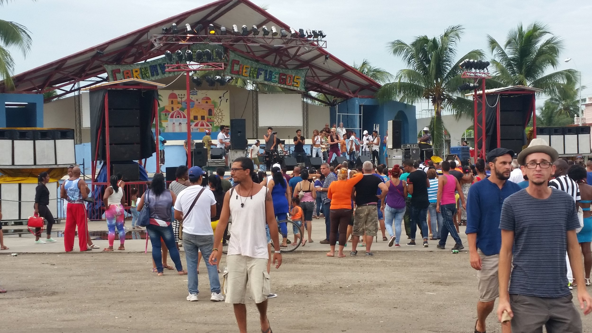 concert at the the fiesta for fidel castro's 90th