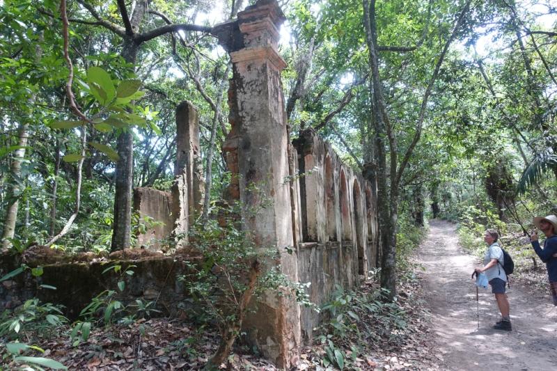 abandoned house, barro branco