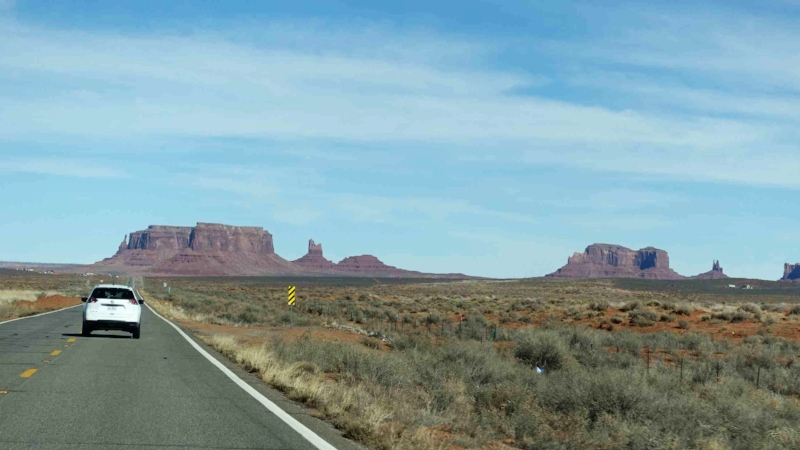 on the way to monument valley