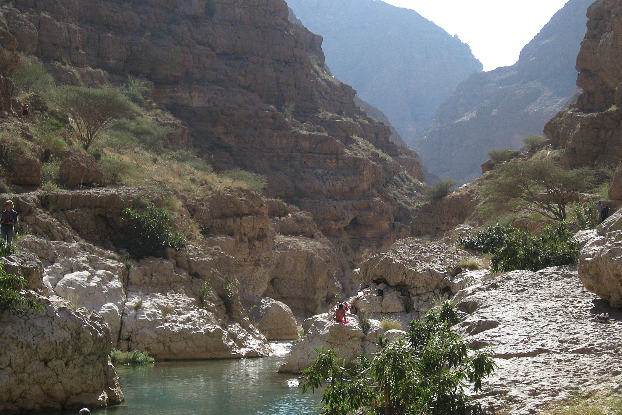 relaxing at wadi shab