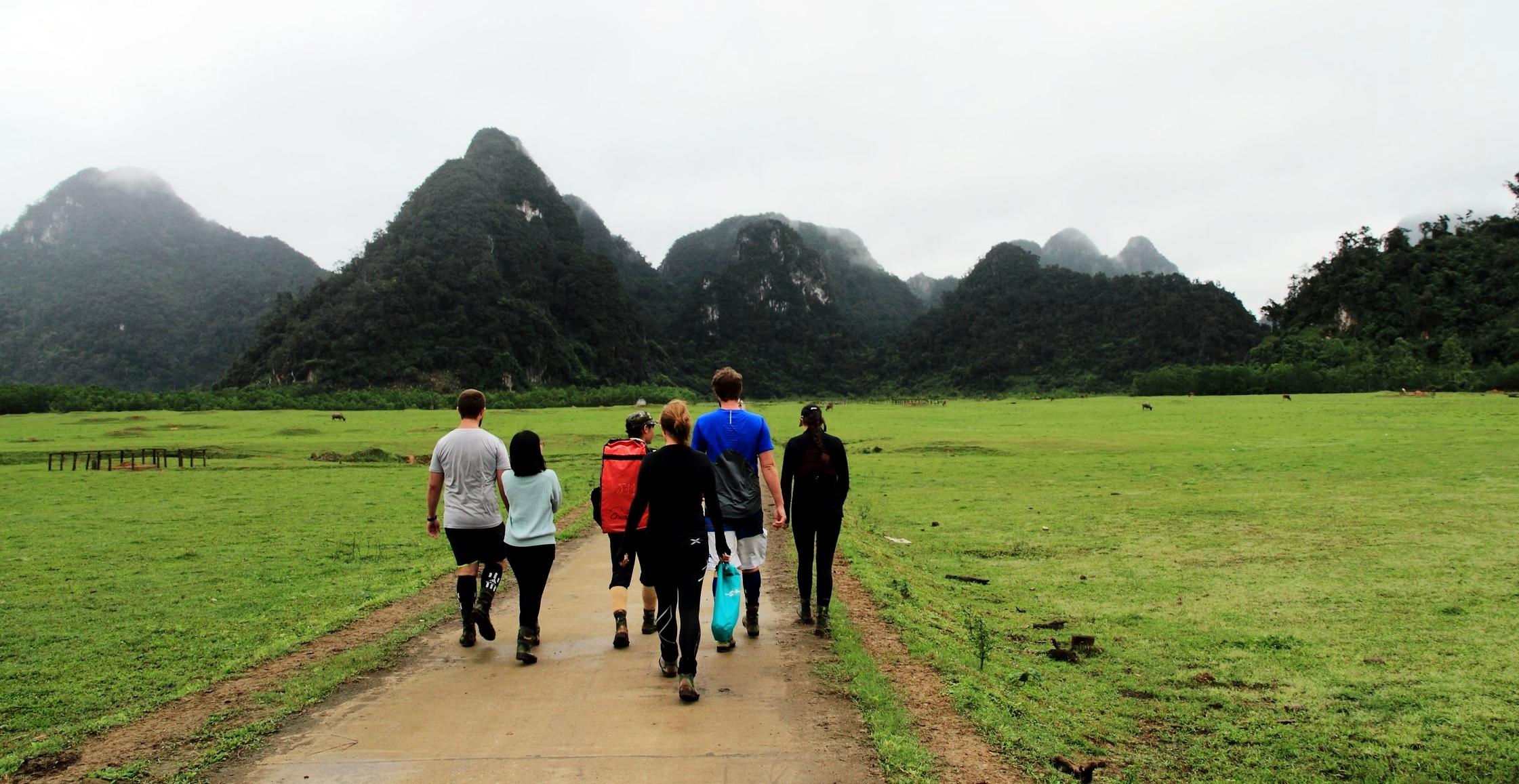 heading off on the tu lan cave trek