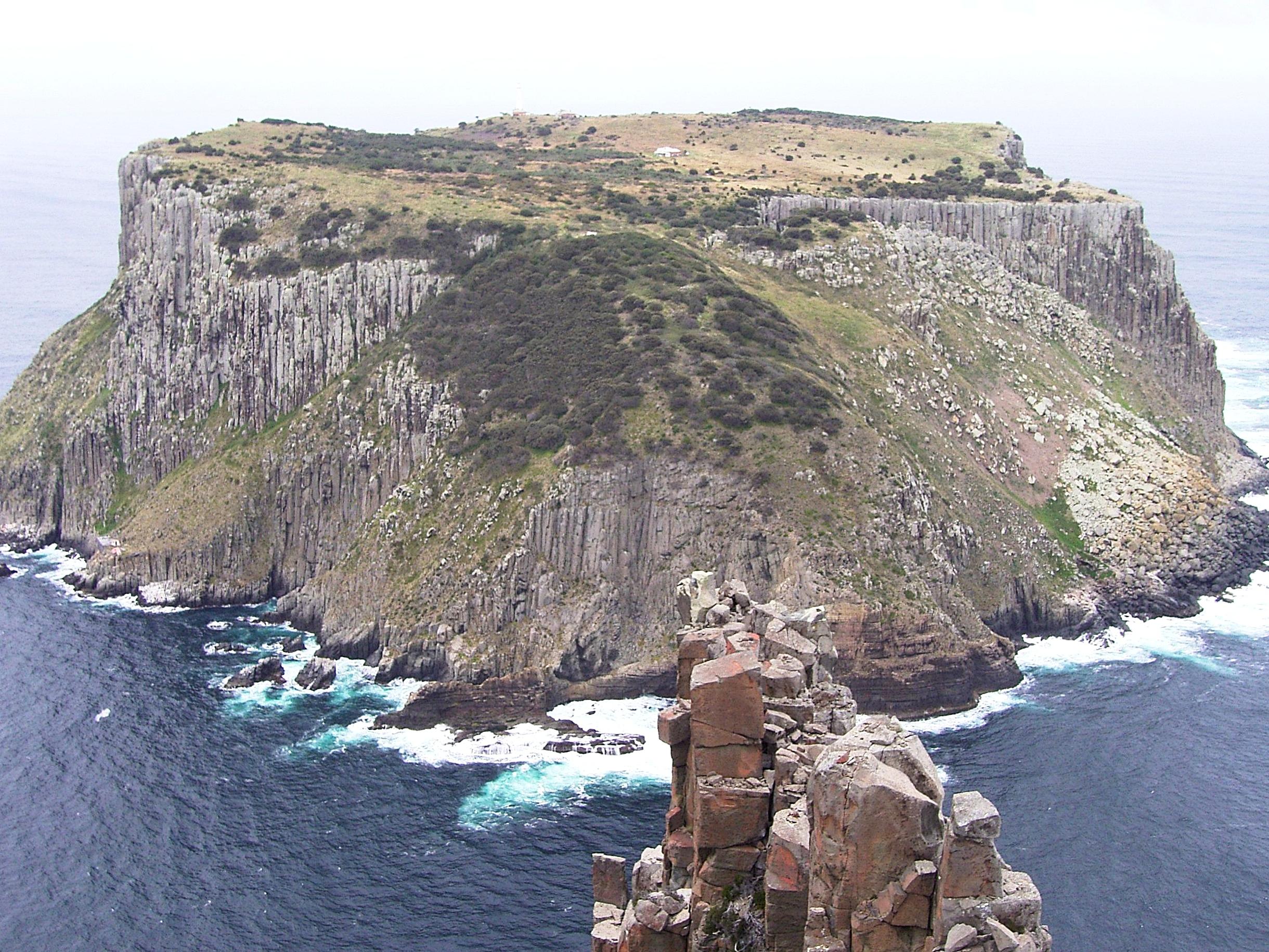 tasman island from cape pillar (shot taken on an earlier trip)
