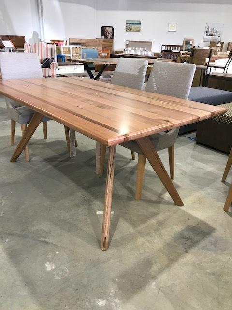 Windsor table , feature grade tas oak