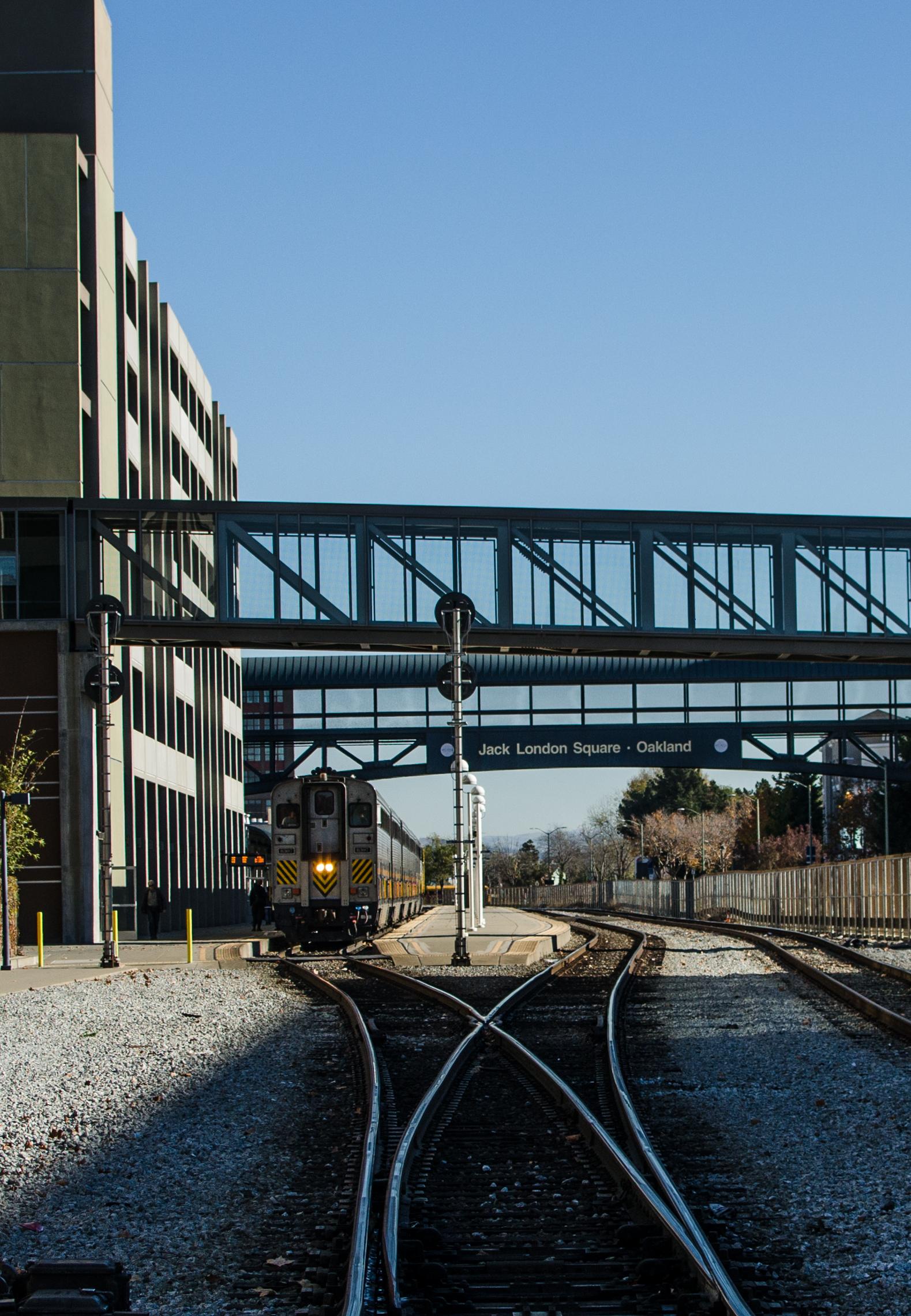 gateway-oakland-4.jpg