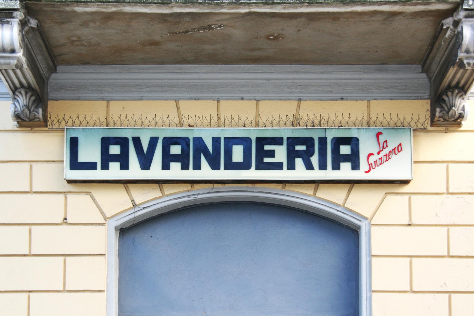 #002_LavanderiaLaSvizzera.jpg