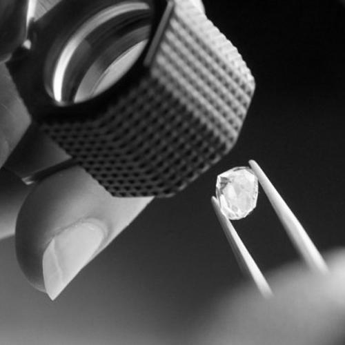 Diamond-grading[1].jpg