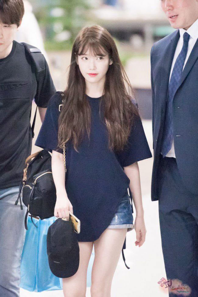 IU with long hair before she changed her hairstyle to get ready for Hotel Del Luna, Netflix's highly anticipated drama for 2019