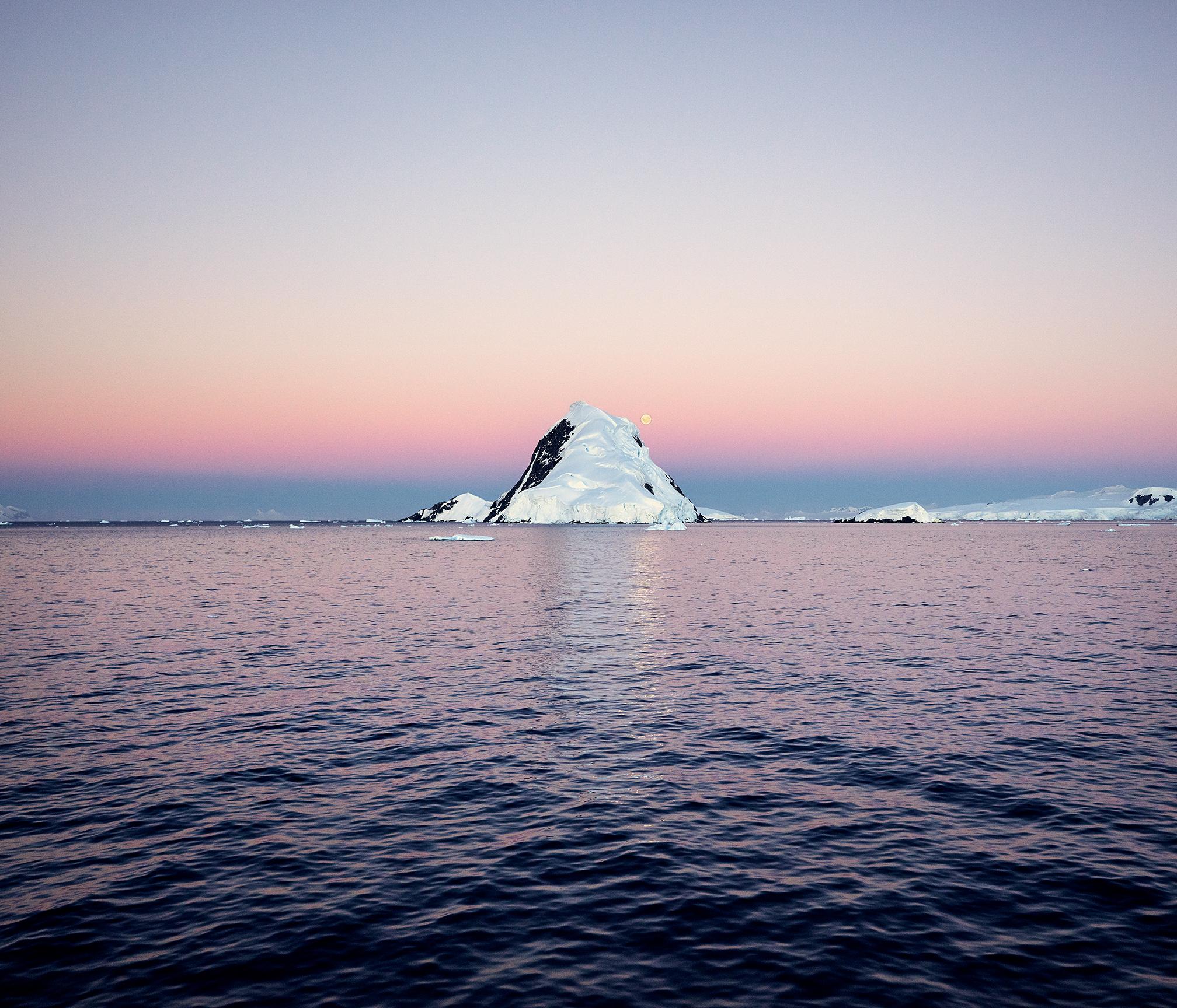JPG (8-bit)-15_0202-Antarctica 2-CF000087.jpg