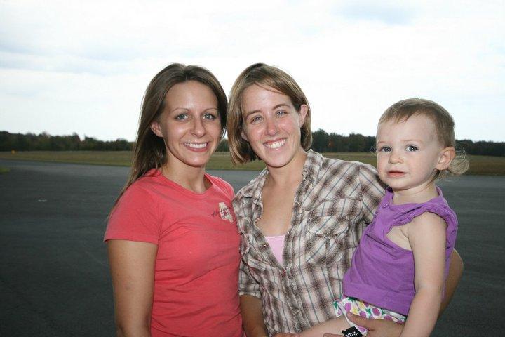 Skydive TN ladies.jpg