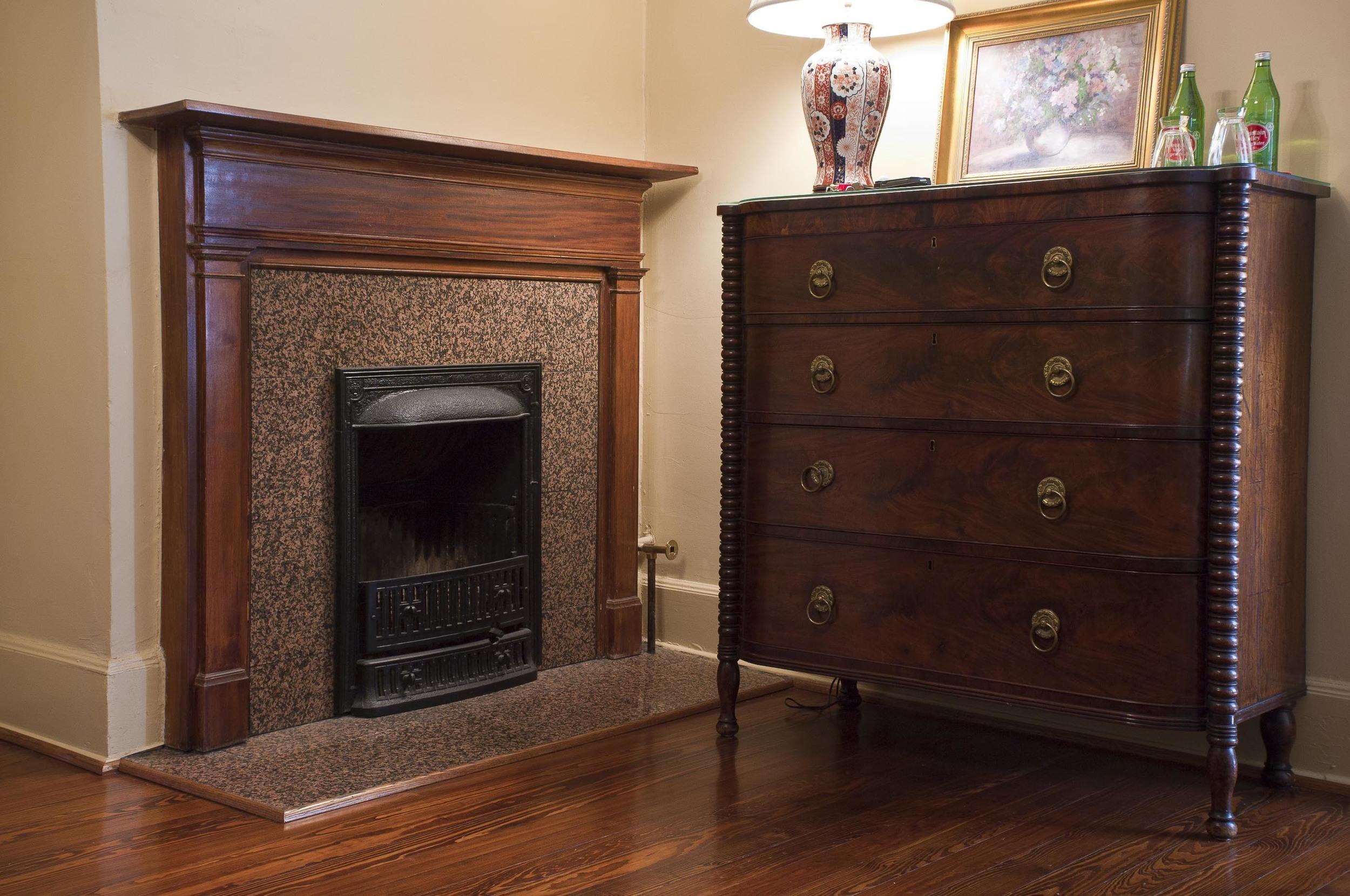 Daisy Room fireplace