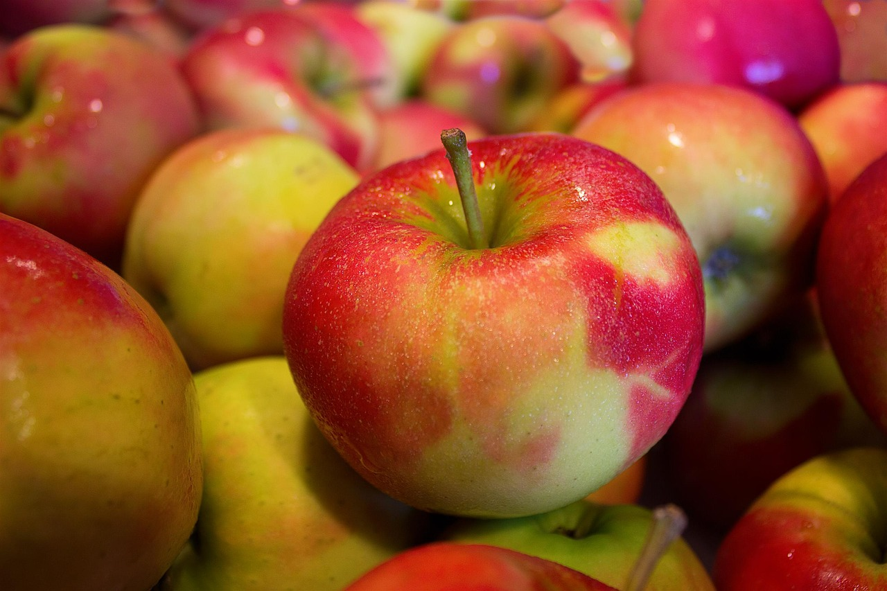 Jonagold Apples_1280.jpg