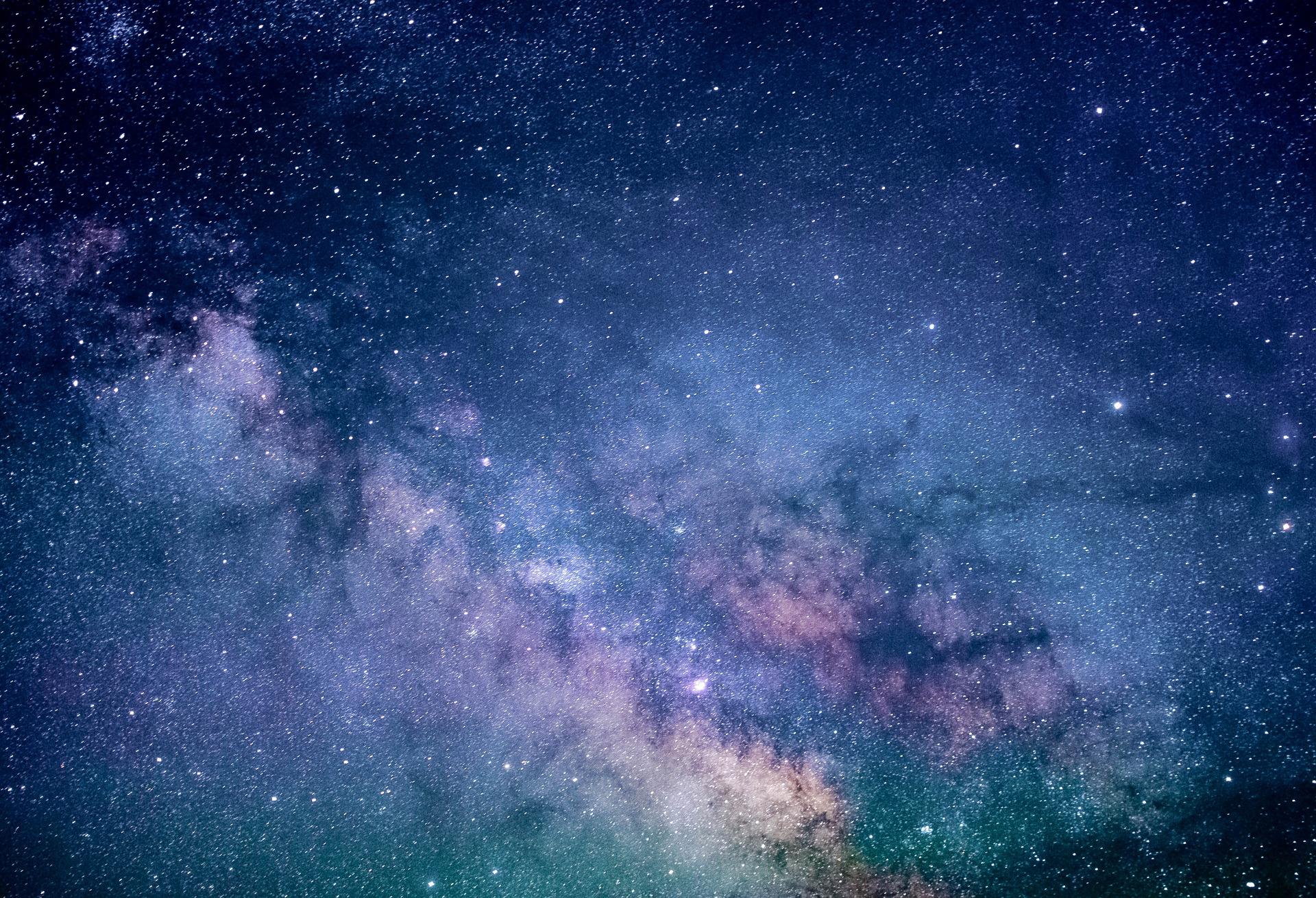 Bright Galaxy_1920.jpg