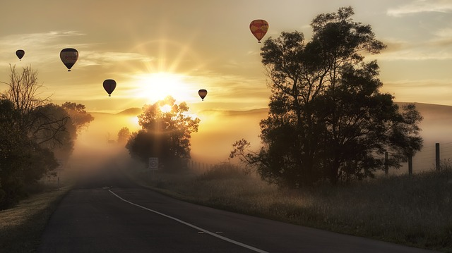 Hot Air Balloons_640.jpg