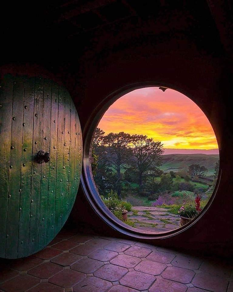 Hobbit Door.jpg
