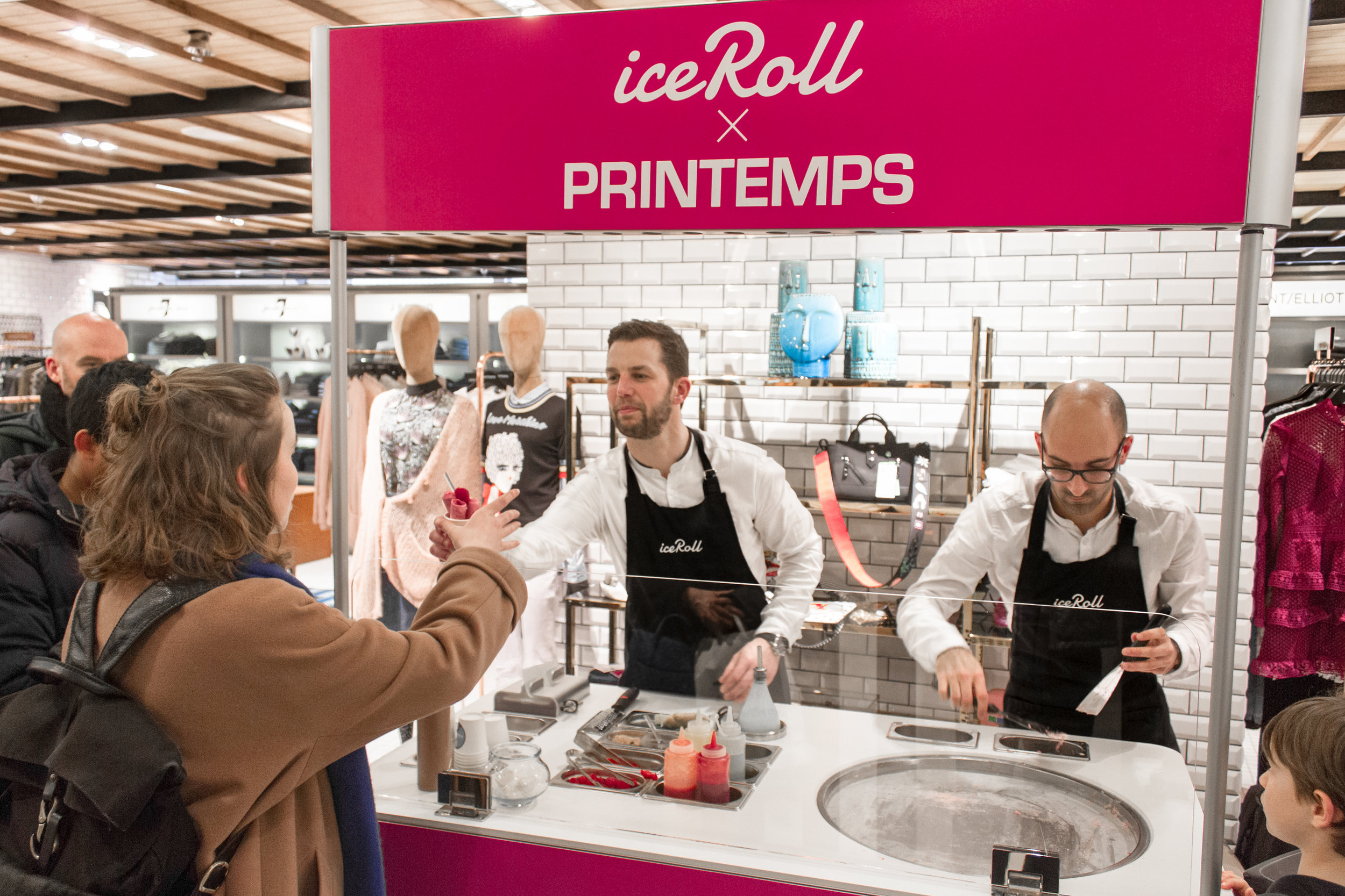ice roll stand machine printemps animation glace