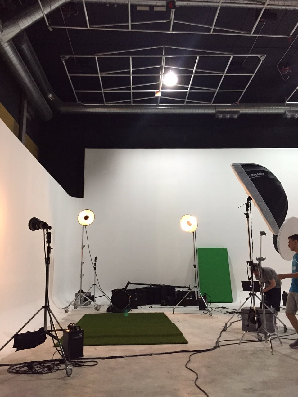 setting up for todays shoot with Messi