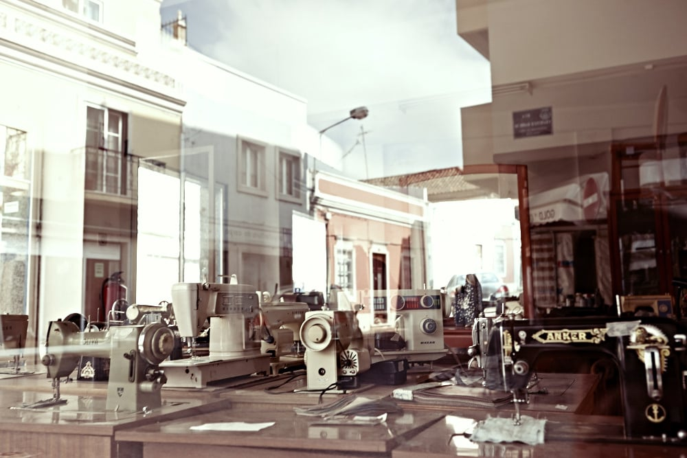 Old sewing shop in Faro