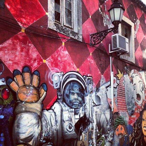 Amazing wall in Faro #graffiti #faro #portugal  #streetart