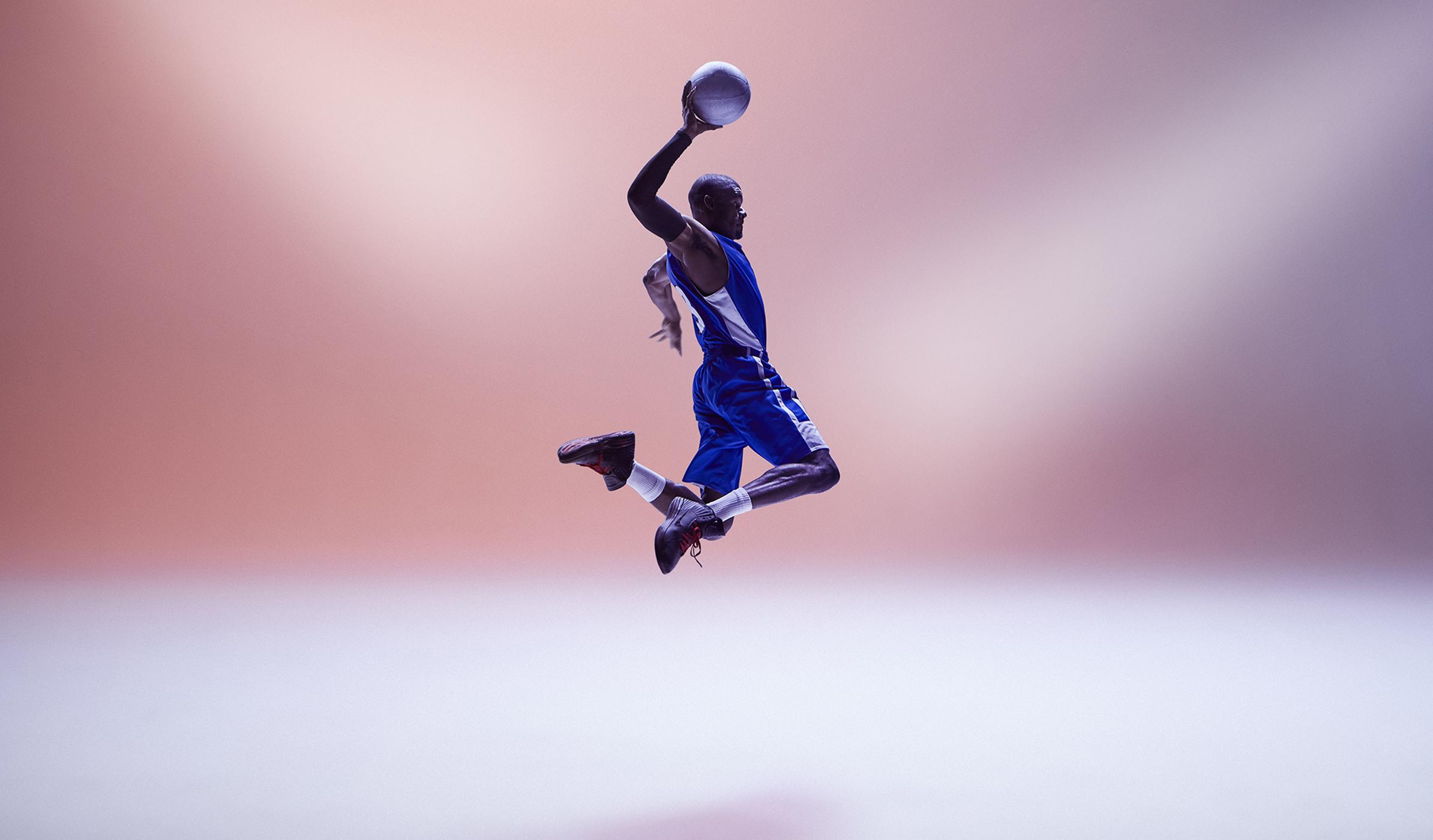 Basketball_353-crop height 1400.jpg