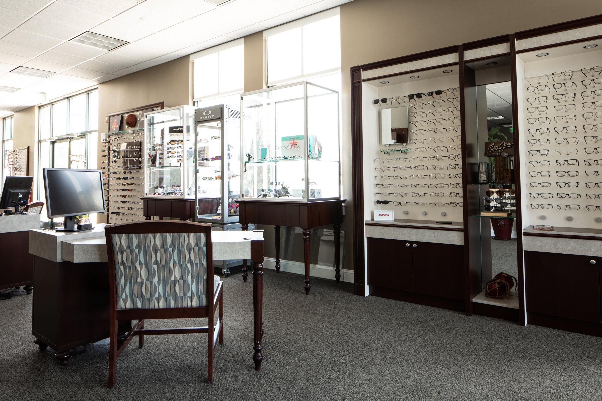 Associated EyeCare Optical Shop Kennebunk Office © Heidi Kirn Photography 453041-Edit.jpg