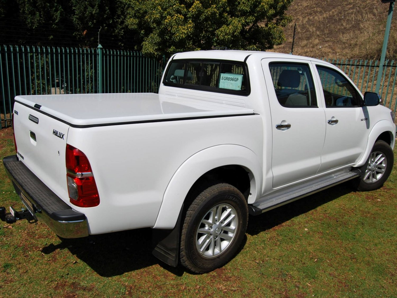 Rigidek Laderaumabdeckung - Toyota Hilux 2005 Double Cab 111.jpg