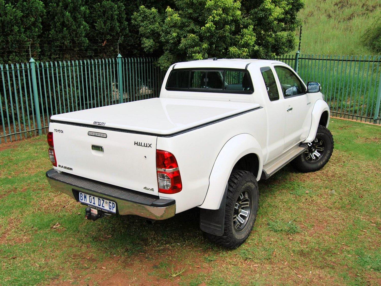 Rigidek Laderaumabdeckung - Toyota Hilux 2005 Extra Cab 124.jpg