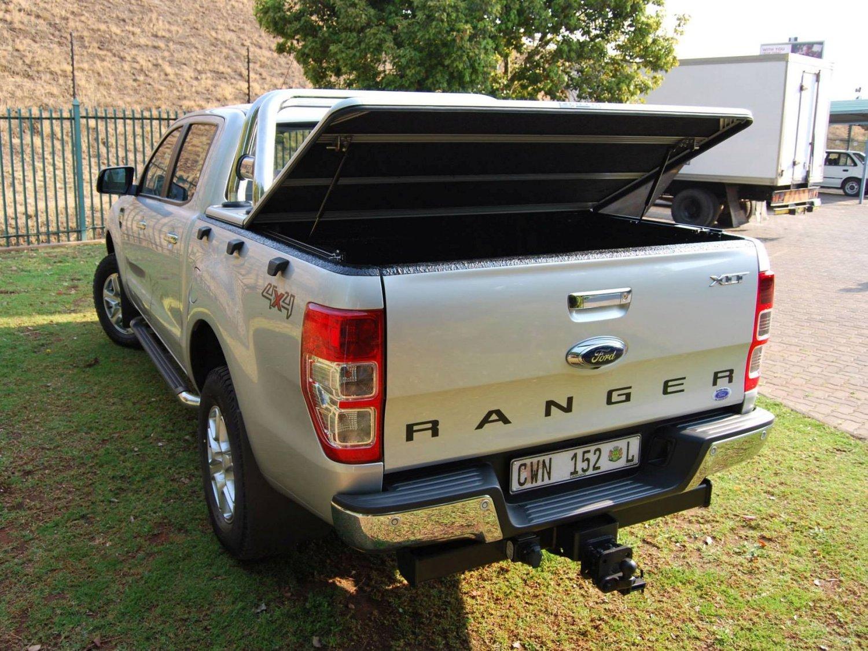 Rigidek Laderaumabdeckung - Ford Ranger 2012 Double Cab 107.jpg