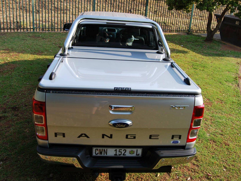 Rigidek Laderaumabdeckung - Ford Ranger 2012 Double Cab 111.jpg