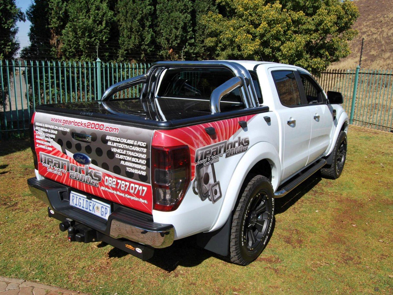 Rigidek Laderaumabdeckung - Ford Ranger 2012 Double Cab 180.jpg