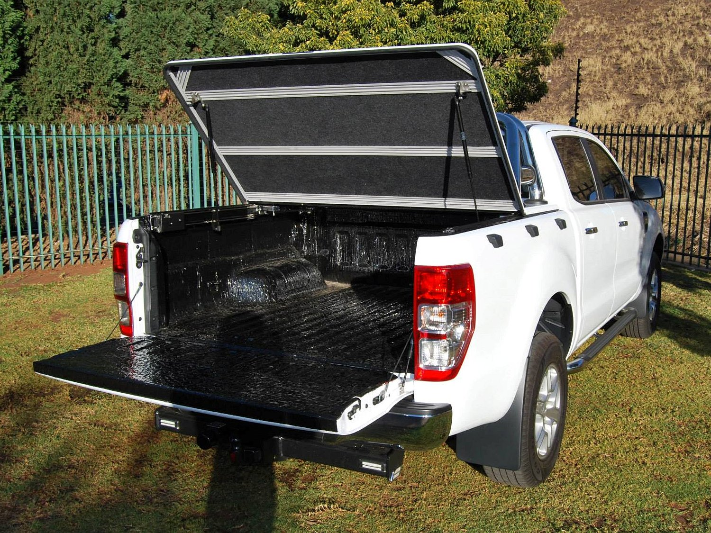 Rigidek Laderaumabdeckung - Ford Ranger 2012 Double Cab 201.jpg