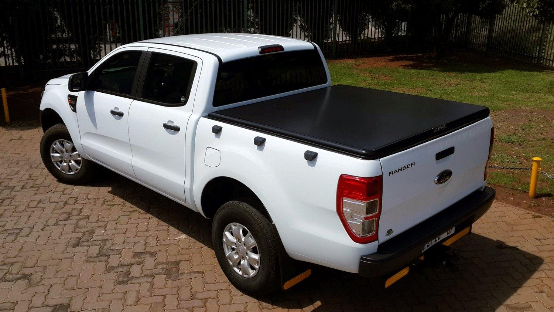 Rigidek Laderaumabdeckung - Ford Ranger 2012 Double Cab 010.jpg